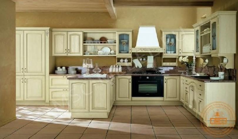 Кухня из массива дерева «София»