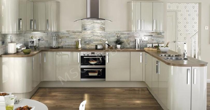 Фото Белая кухня Бэелла из эмали