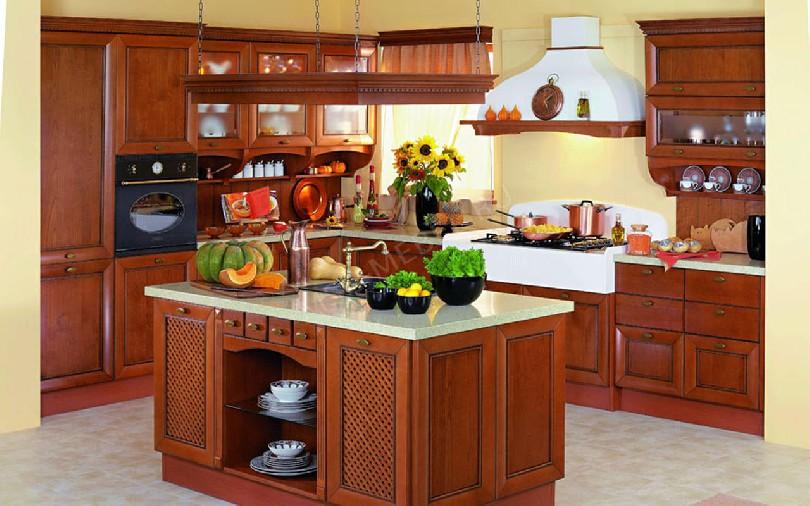 Фото Островная кухня Амбра из массива вишни