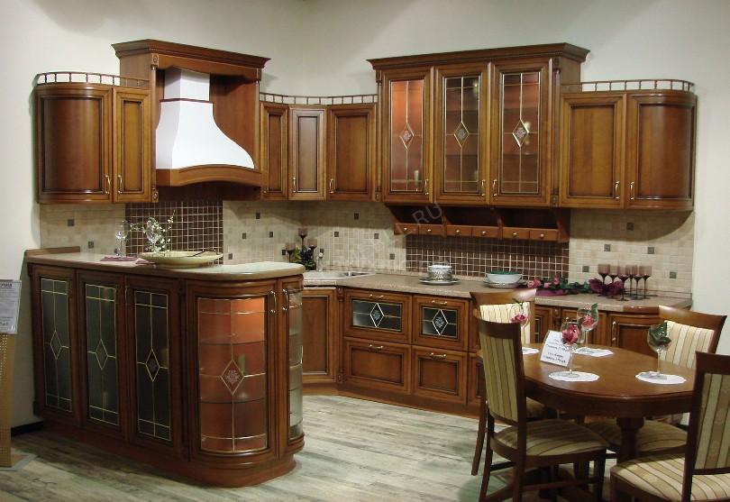 Фото Большая кухня Юлиус из массива