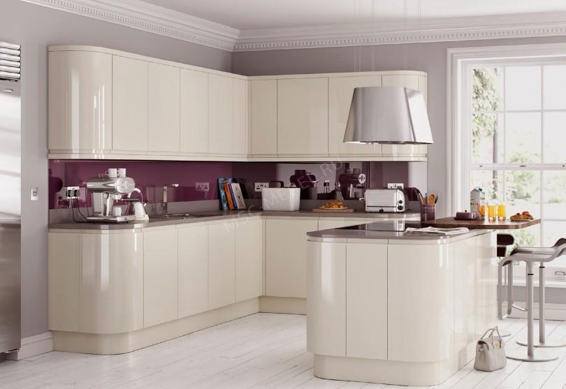Фото Белая кухня Lucida из пластика