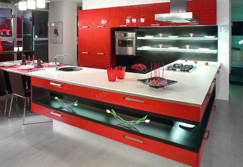 Фото П-образная кухня в современном стиле