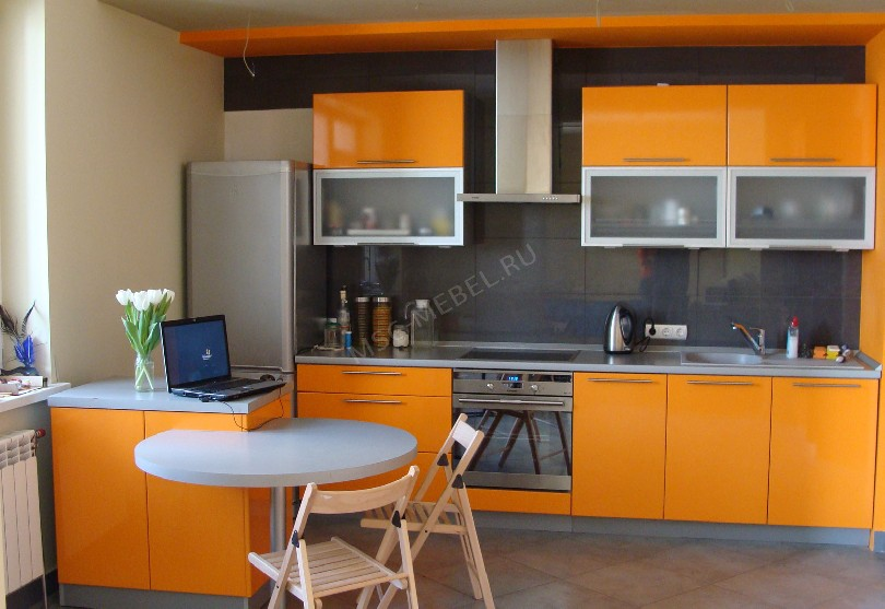 Фото Ярко оранжевый кухонный гарнитур Щелково