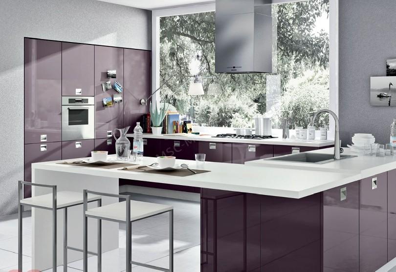 Фото Кухня Рими с фиолетовыми фасадами