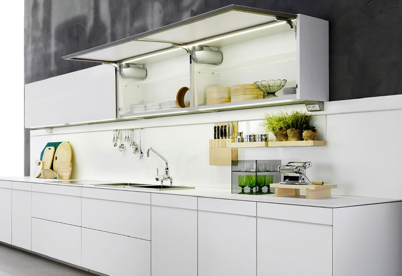 Фото Кухня Dada из светлого пластика