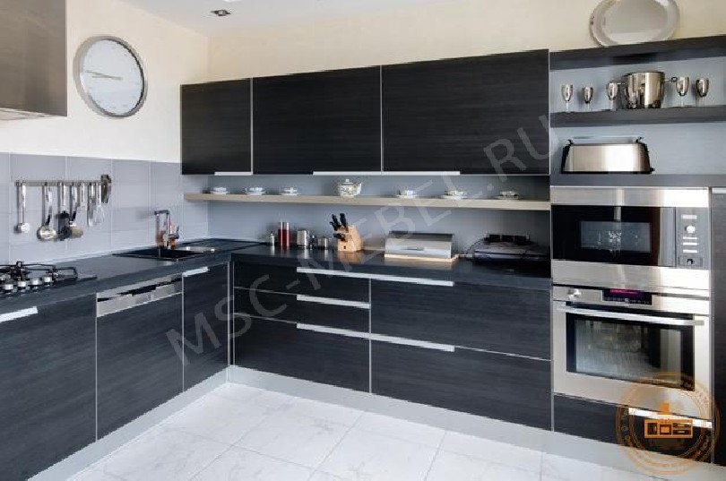 Фото Угловая кухня «Черный жемчуг»