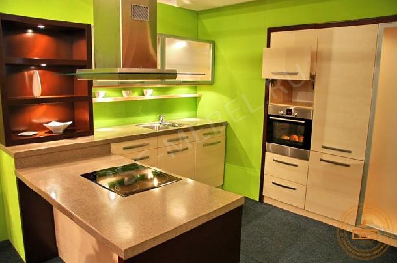 Фото Угловая кухня «Кленовый сироп»